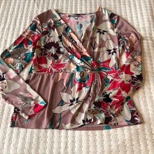 JENNIFER LOPEZ floral long sleeve blouse sz large